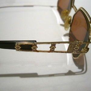 5561bced4d97 Cazal Accessories - CAZAL Vintage Sunglasses ·979  Col. 302